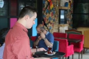 Efe Hayallerini Bayramefendi Osman'lı Cafede Gercekleştirdi (Günün En Güzel Haberi)
