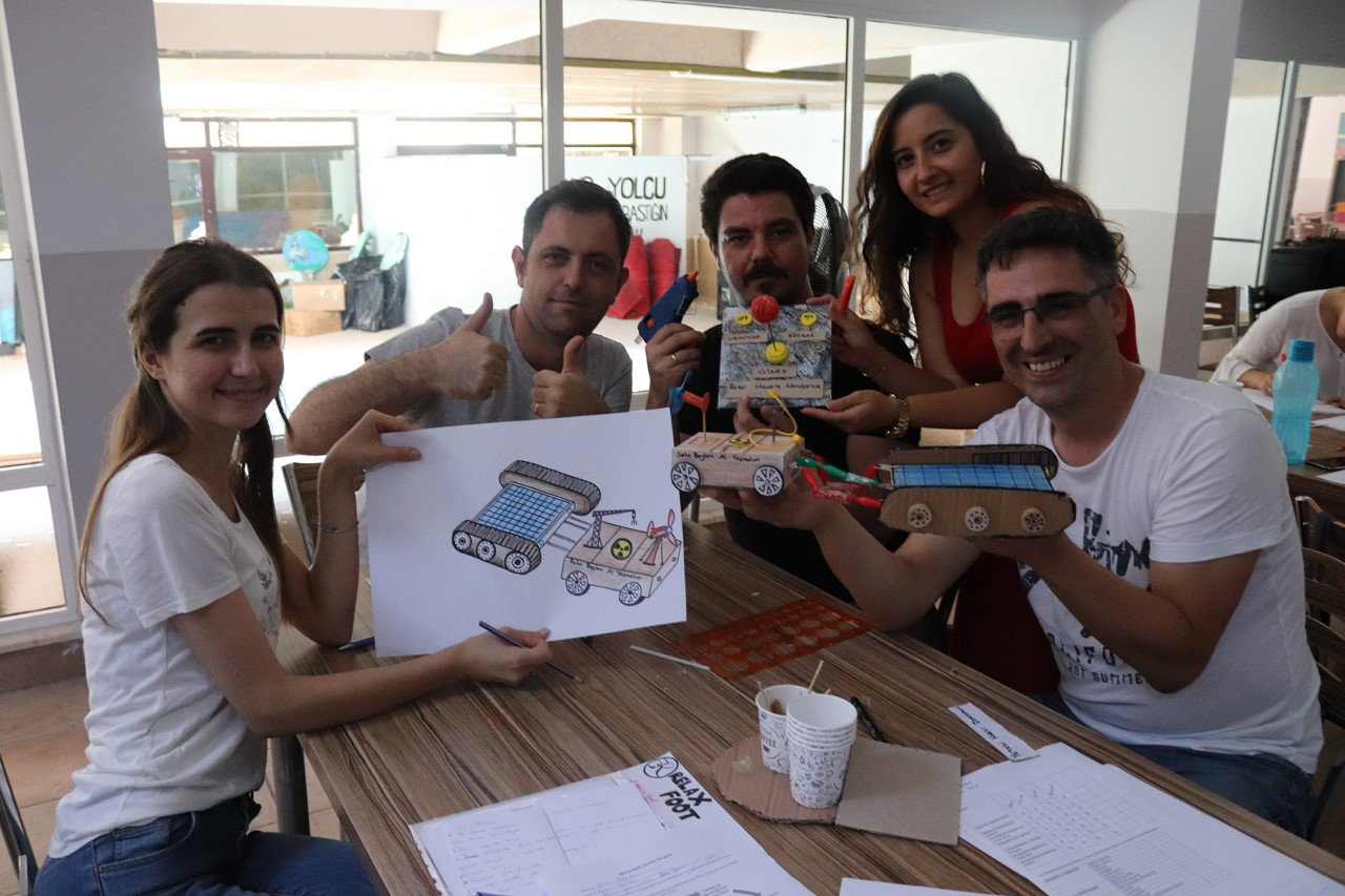 Başakşehir Okullarından STEM Dili Eğitimi