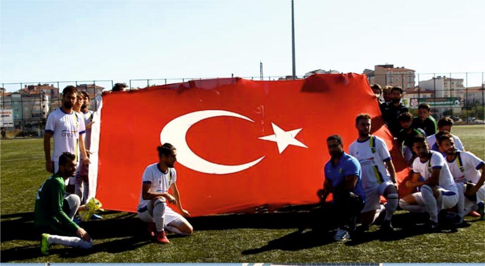 Kapaklıspor'dan Mehmetçiğe Selam Olsun