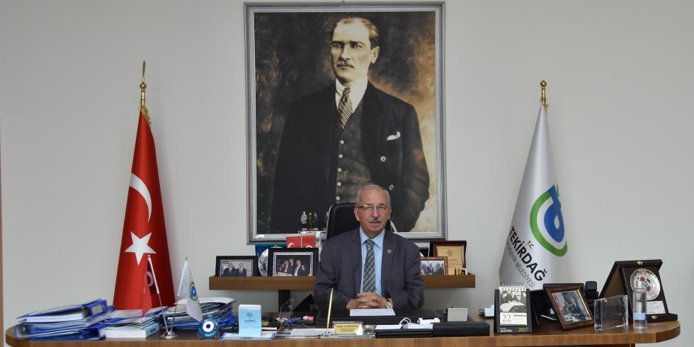 "Albayrak""KURTULUŞ BAYRAMI KUTLU OLSUN"""