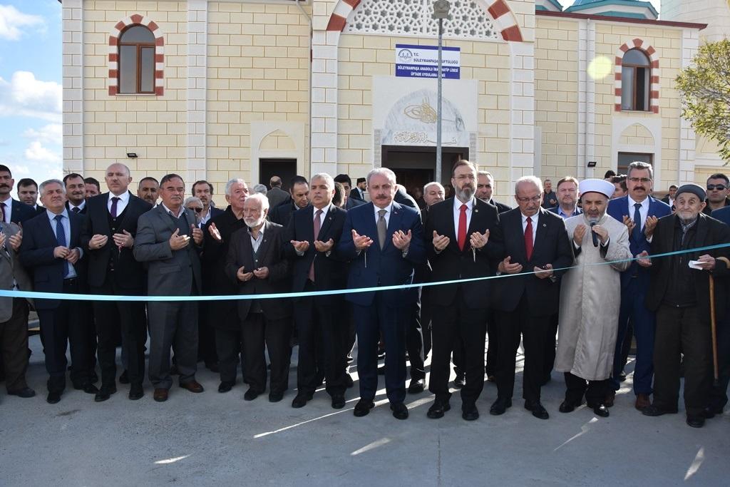 Anadolu İmam Hatip Lisesi Üftade Uygulama Camii'si açıldı