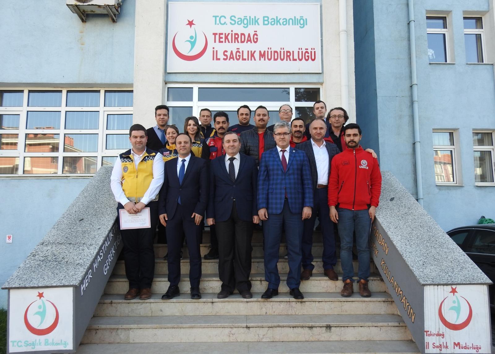 112 Acil Sağlık Hizmetleri ve UMKE Personellerine Teşekkür Belgesi Töreni Düzenlendi