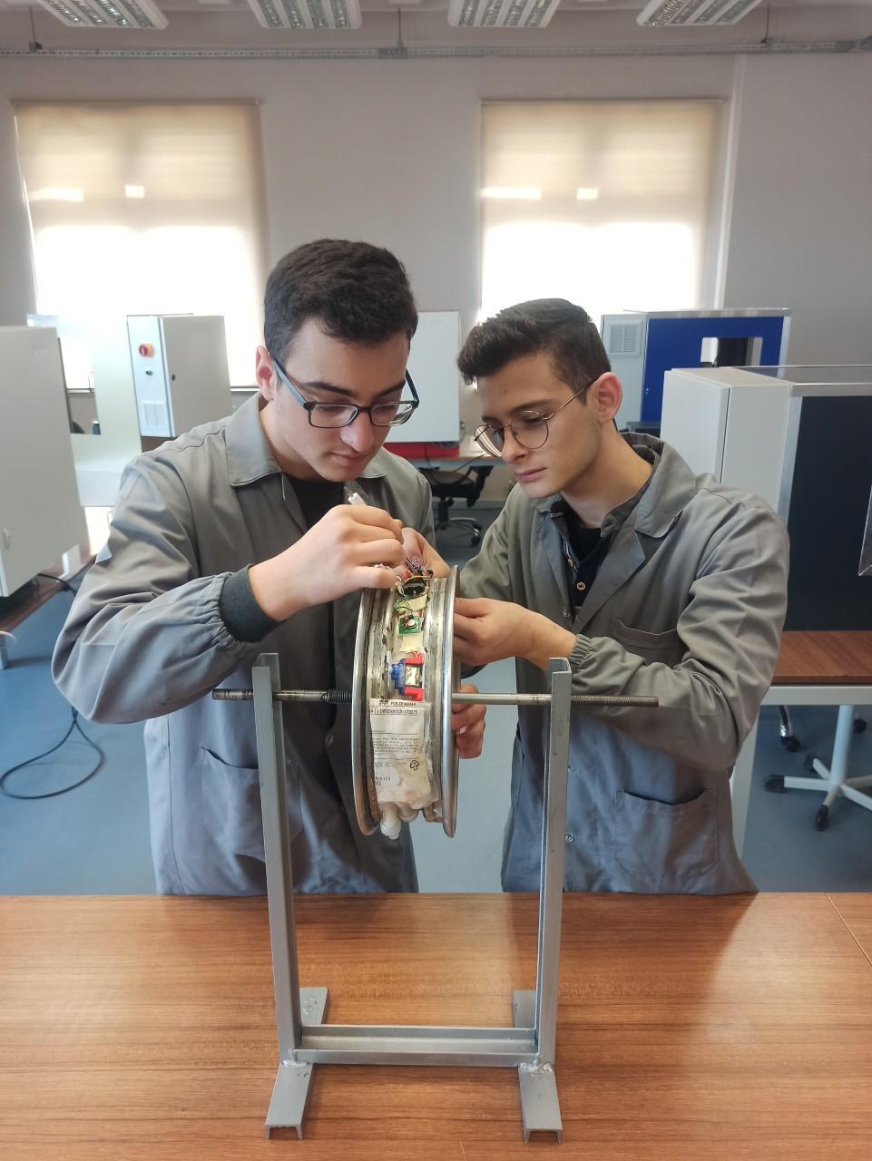 Özel ÇOSB Mesleki ve Teknik Anadolu Lisesi TÜBİTAK Yarışmasında Tekirdağ'ı Temsil Edecek