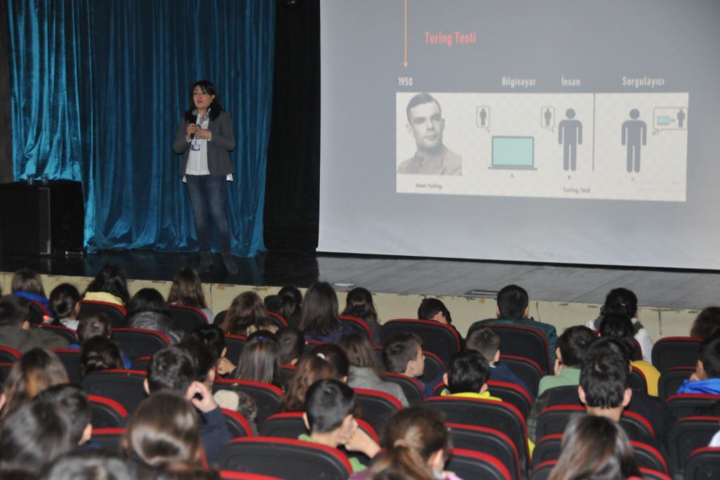Gençler için Teknoloji ve Yapay Zeka Seminerleri başladı