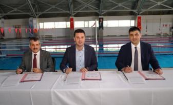'Yüzme Bilmeyen Kalmasın' Protokolü İmzalandı